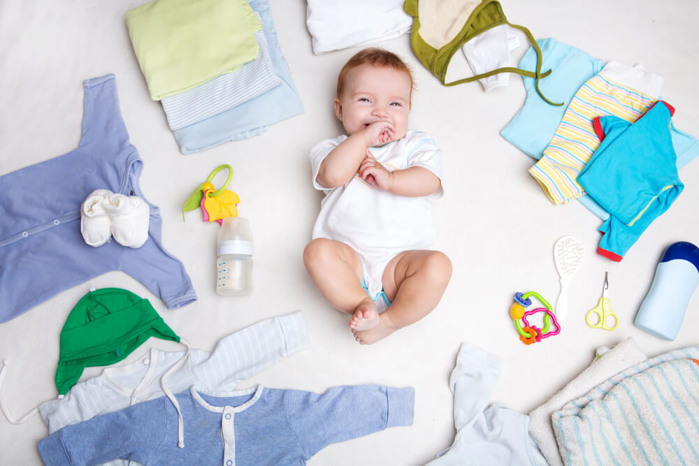 6 Tips for Buying Baby Clothes Online